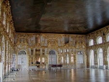 Catherine Palace by Stan Shebs